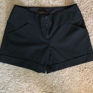 EUC Cassidy Fit Limited Black Shorts